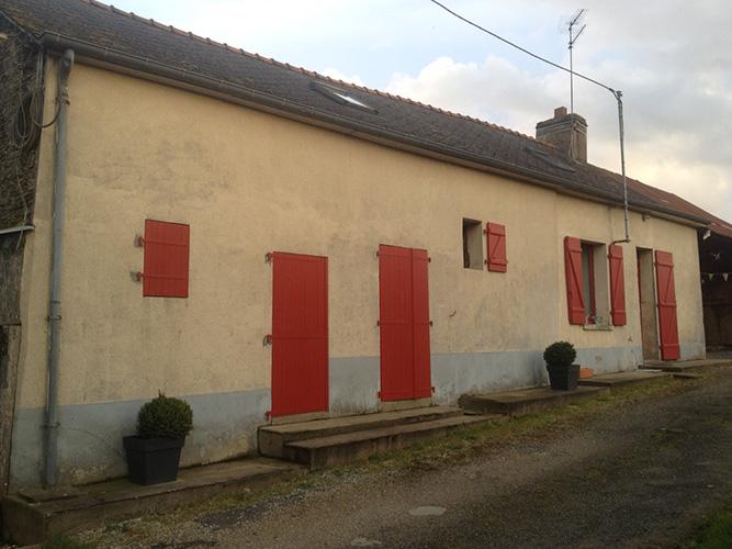 Entretien facade maison bardage en bois composite samuel for Champignon facade maison